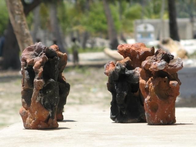 © Wilhelm Roseneder. Zanzibarische Kunstgriffe. Gebrannter Ton/Fired clay, ca. 20 cm. Jambiani, Zanzibar, Tanzania, Africa 2011