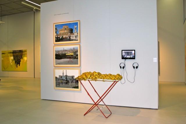 © Wilhelm Roseneder, Renate Egger. Goldene Erweiterung/Golden expansion. Street art project. London, UK 2010. Florence, Italy 2011. Rome, Italy 2011. Schnittpunkt Burgenland. Landesgalerie Burgenland. Eisenstadt, Burgenland, Austria, 2012-2013