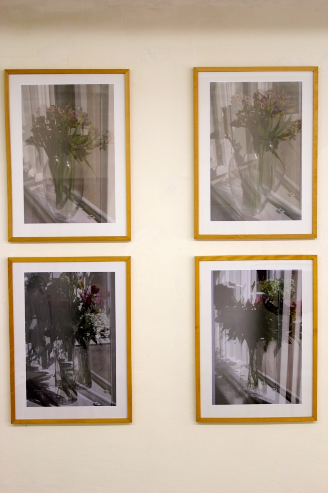 © Renate Egger. Blumenstrauß/Bunch of flowers, 2011/ 2012. Series: Spiegelung/Reflection